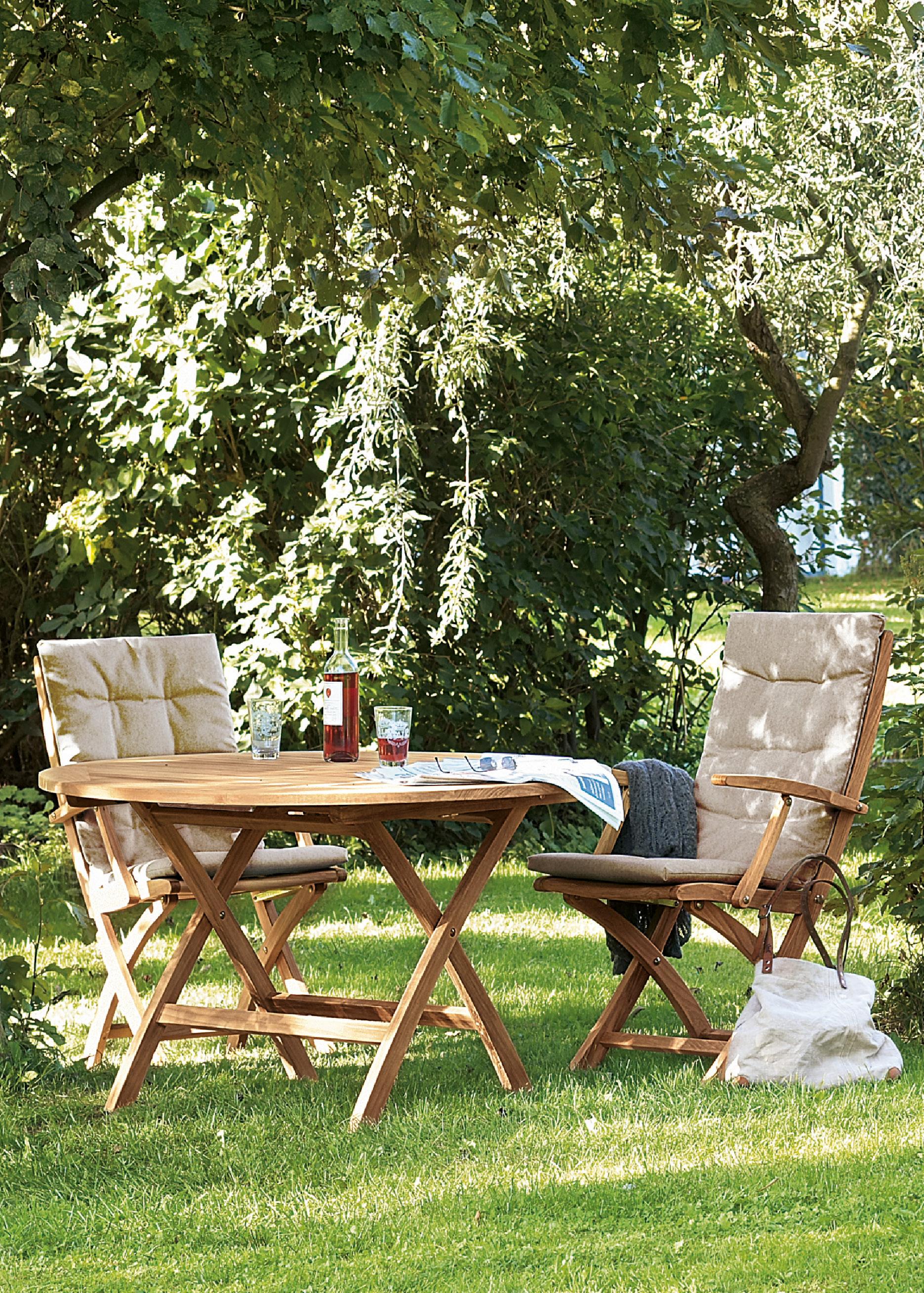 teak foldables garpa. Black Bedroom Furniture Sets. Home Design Ideas